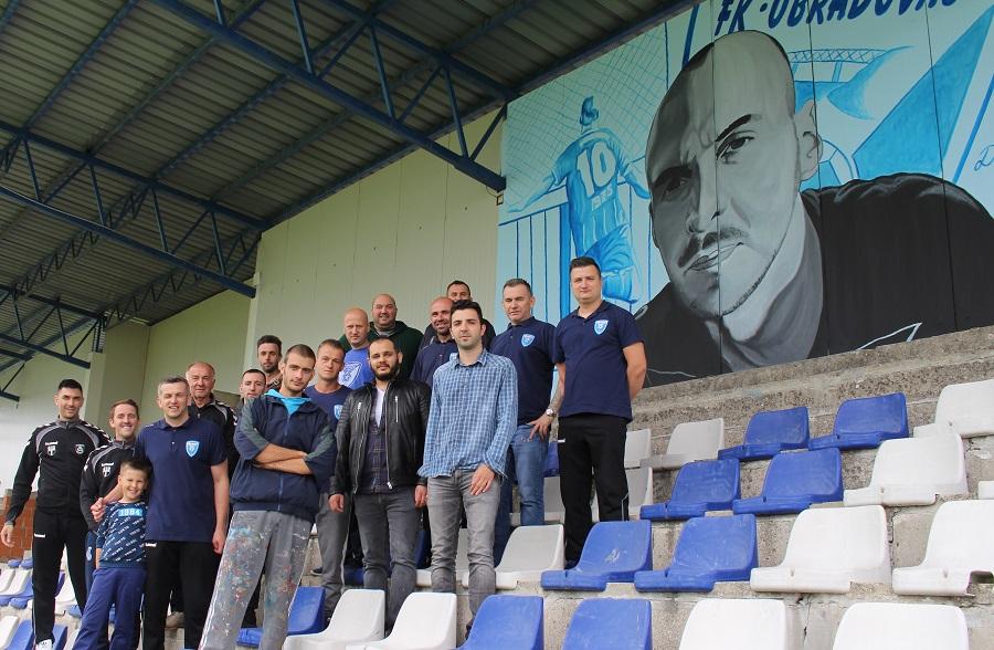 GEST ZA POHVALU FK OBRADOVAC Na tribini oslikali portret preminulog saigrača