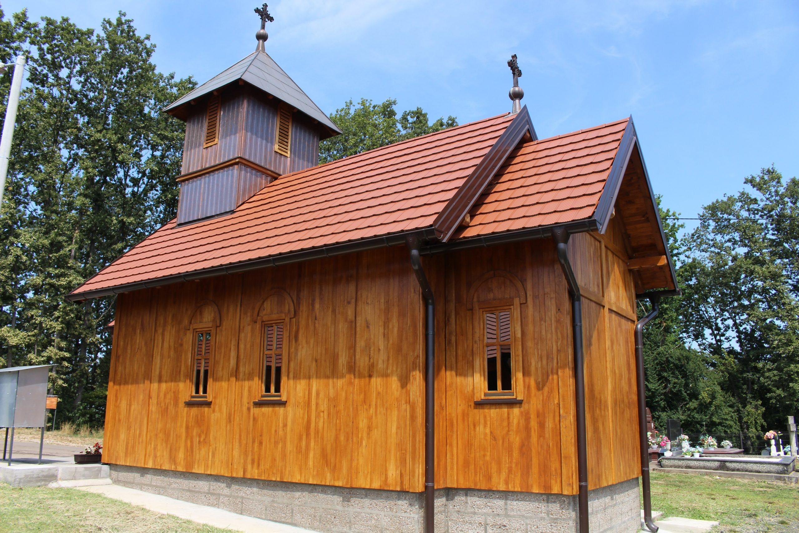 Sagradio crkvu od hrastovine i oživio drevnu legendu