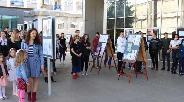 Mladi gradiški slikari pokazali raskošan talenat