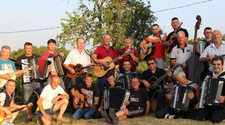 Muzičari iz desetak potkozarskih sela probudili uspomene